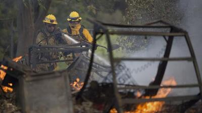 Crecen incendios en Washington pero se alejan de zonas pobladas