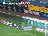¡En plan grande! Luis Malagón se luce con sus atajadas ante Puebla
