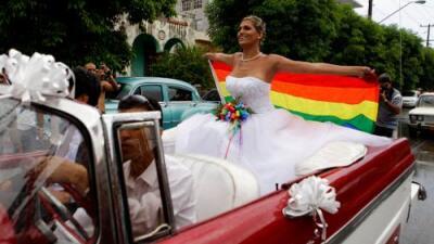 Cuba deja al matrimonio igualitario fuera de su nueva Constitución