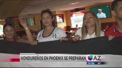 Aficionados hondureños de Phoenix se preparan para el juego entre su selección y México