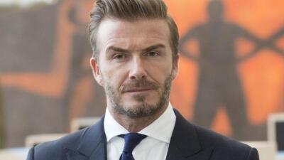 Suspenden licencia de conducir a David Beckham por violar regla de tránsito (no es la primera vez que lo hace)