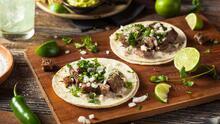 Tacos de solomillo, pepino y jalapeño + Ejotes con mantequilla de limón | Reto 28