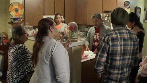 Preocupación entre decenas de familias en Los Ángeles por el drástico incremento a la renta en el edificio donde viven