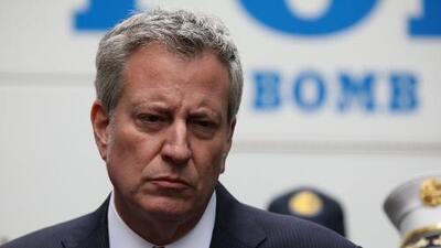 """Alcalde de Nueva York asegura que paquete sospechoso es """"claramente un acto de terror"""""""