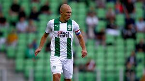 Robben podría volver al retiro por lesión con el Groningen