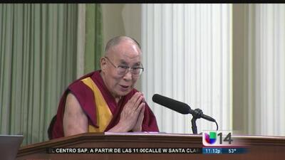 Dalai Lama habla ante la legislatura de California