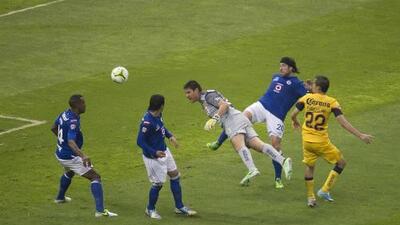 ¡Universo alterno! ¿Qué habría sucedido si Moisés Muñoz no le anota el gol de la Final al Cruz Azul?