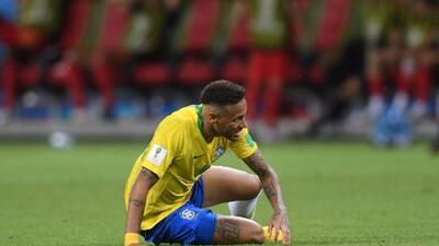 Van Basten critica 'excesos de teatro' de Neymar