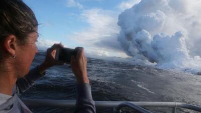 Por qué la llegada de la lava del Kilauea al océano empeora aún más la situación en Hawaii