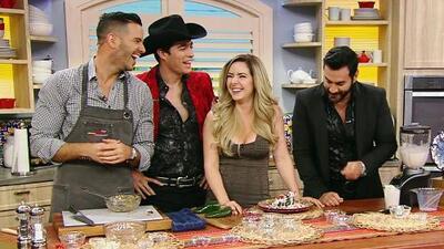 Ariadne Díaz conquistó a David Zepeda y a Danilo Carrera cocinándoles estos Chiles en Nogada
