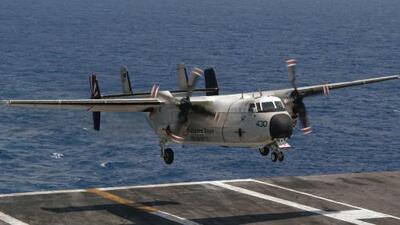 Un avión de la Armada de EEUU se estrella en el Pacífico: 8 personas son rescatadas y 3 siguen desaparecidas
