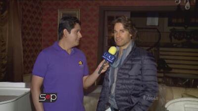Sebastián Rulli trae a su hijo durante las grabaciones de su nueva novela