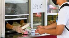 Así es el programa de verano que brinda alimentación gratuita a cientos de menores en Evanston
