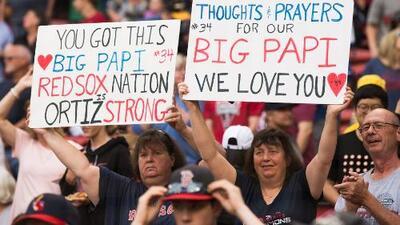 """""""Le pedimos a Dios y a la ciencia que nos lo sanen"""": las plegarias de los fanáticos por la salud de 'Big Papi'"""