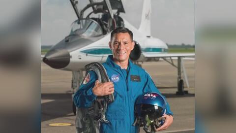 Hijo de salvadoreños está entre los 12 nuevos astronautas elegidos por la NASA