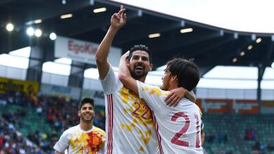 Nolito deja su sello con un doblete y España vence a Bosnia en amistoso