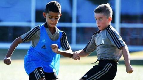 Cristiano Jr la está rompiendo: hizo 7 goles en su último partido y solo en el primer tiempo