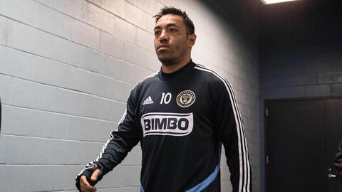 Todavía sin fecha estimada de regreso, Marco Fabián se recupera de un esguince de tobillo