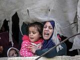 Dos palestinos muertos y una decena de israelíes heridos en un repunte de violencia en la región