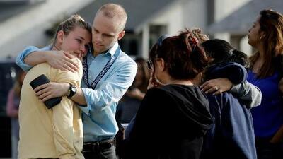 Esto es lo que se sabe del tiroteo de la secundaria Saugus en Santa Clarita