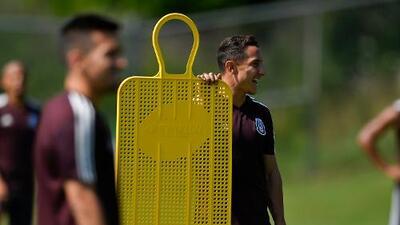Andrés Guardado es duda para jugar contra Haití