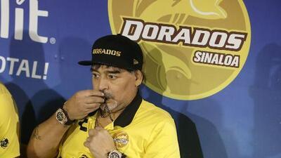 Maradona se ofrece para dirigir a Boca Juniors y su continuidad en Dorados está en veremos