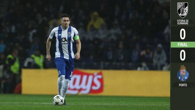 Porto con los mexicanos no pasó del cero a cero con Vitoria Guimaraes