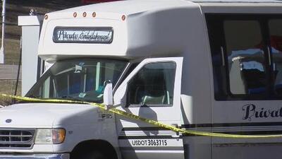 Tiroteo dentro de un 'party bus' deja tres personas muertas