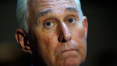 En un minuto: El FBI detiene al exasesor de Trump Roger Stone en el marco del 'Rusiagate'