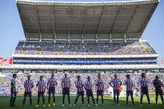 ¿Y la afición? Seguidores de Chivas acuden menos a los juegos de visita ante Puebla