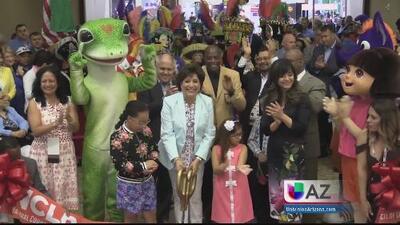 Decenas de familias acuden la exposición Expo Familiar Latina