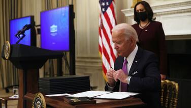 Inmigrantes del sur de Florida ven con esperanza la propuesta de ley de inmigración de Joe Biden