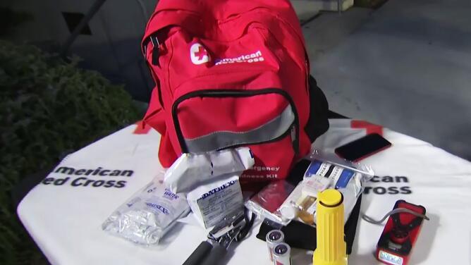 ¿Qué debe tener un kit de emergencia para terremotos? Así es como deberías estar preparado en tu casa y en el carro