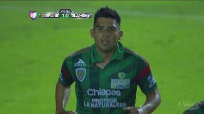 Silvio Romero hizo el primer gol de Jaguares sobre Pachuca