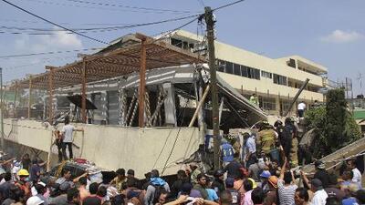 En video: Sacan de los escombros a niños de una escuela en Ciudad de México tras el terremoto