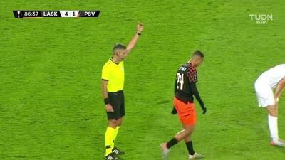 Tarjeta amarilla. El árbitro amonesta a Mohamed Ihattaren de PSV