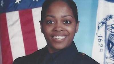 """Asesinan a una policía, madre de tres hijos, en un """"ataque no provocado"""" en Nueva York"""