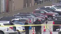 Lo que se sabe del caso de dos personas que fueron halladas muertas en un estacionamiento en Hodgkins