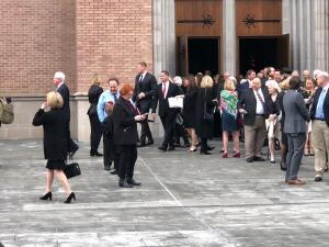 JJ Watts, Yao Ming y Arnold Schwarzenegger entre las personalidades que acudieron al funeral de Bush