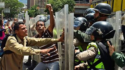 Helping Venezuela get back on the path to democracy