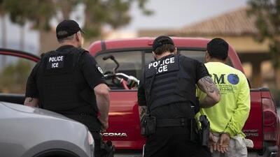 Comienza a regir la medida que acelera la deportación de indocumentados con menos de dos años en EEUU