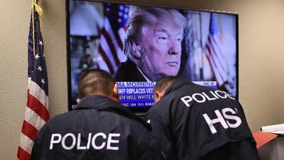 Trump anuncia que postergará por dos semanas las redadas masivas contra indocumentados