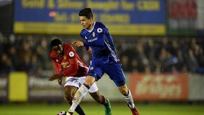 El Chelsea le presta (otra vez) un jugador al PSV para cubrir a Andrés Guardado
