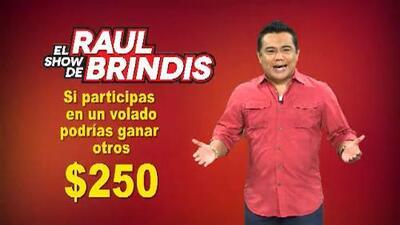 ¡Aviéntate un volado con el show de Raul Brindis!