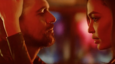 Exclusiva: Préndete con el estreno mundial del video de  'Fuego' de Juanes