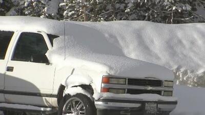 Frente frío trae nevadas a zonas montañosas del norte de California