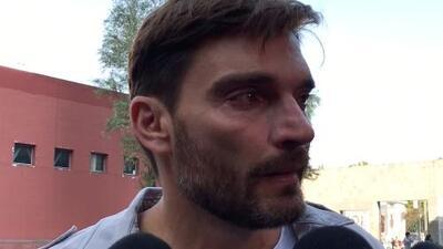Rompe en llanto: Julian Gil llegó a los juzgados pero su hijo Matías nunca apareció