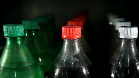 Un centavo adicional por onza será el impuesto para las bebidas azucaradas en el Condado de Cook