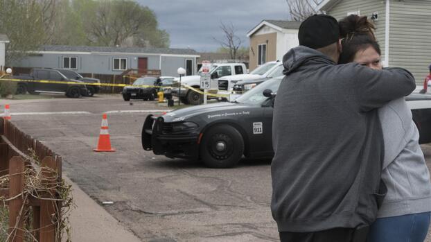 Atacante que mató 6 latinos abrió fuego porque no fue invitado al cumpleaños