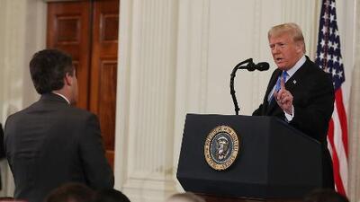 Aunque no quiera, Trump tendrá que aceptar al periodista que vetó de la Casa Blanca